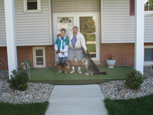 mom-and-dad-with-dogs-3